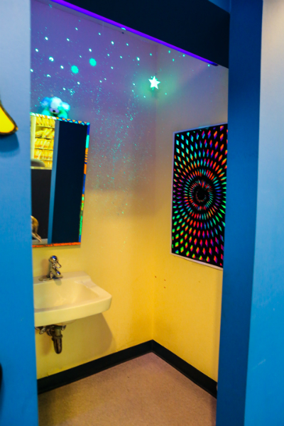 Black Light Toothbrush Area
