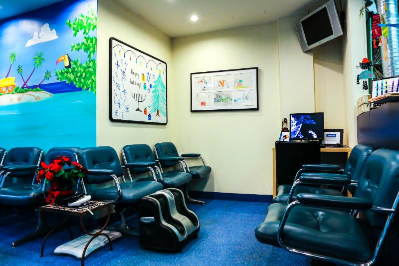 Reception Massage/ Internet
